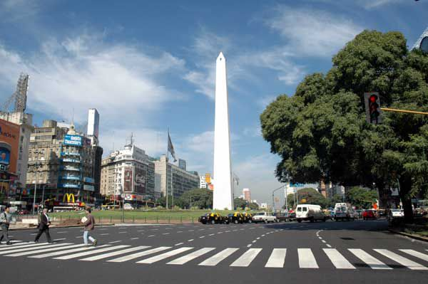 Turismo en buenos aires conocer el obelisco for Obelisco buenos aires